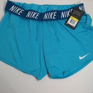 Nike fold-over shorts ♥️